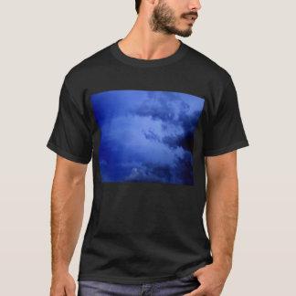 KLMによる濃紺の積雲の腕 Tシャツ