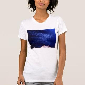 KLMによる青い巻積雲のundulatus 2 Tシャツ
