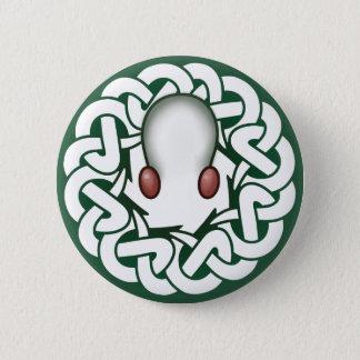 Knotopus: マツ 5.7cm 丸型バッジ