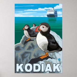 Kodiak、AlaskaPuffinsおよびアラスカの遊航船 ポスター