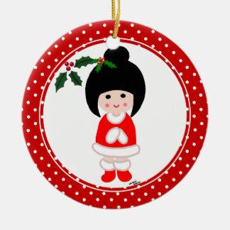 Kokeshiの女の子のクリスマスの水玉模様 セラミックオーナメント