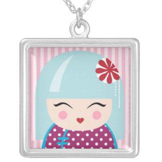 Kokeshiの女の子のネックレス シルバープレートネックレス