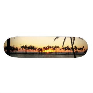 Konaの日没板 スケートボード