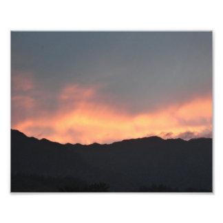 Koolau山の日没の火のハワイの写真の芸術のプリント フォトプリント