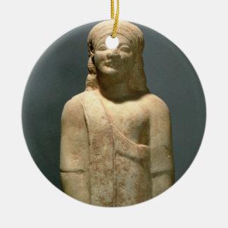 Kouros Dionysermos、ギリシャ語、初期の期間、c.600 B セラミックオーナメント