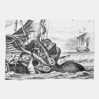 KrakenかタコEatting海賊船、黒または白 キッチンタオル