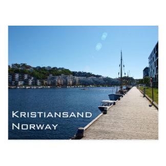 Kristiansand、ノルウェーの川岸の眺め ポストカード