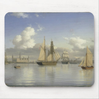 Kronborgの城、スウェーデン1880年を離れた帆船 マウスパッド