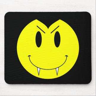KRWの黄色いスマイリーフェイスの吸血鬼 マウスパッド