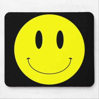 KRWの黄色いスマイリーフェイス マウスパッド