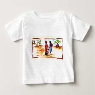 Kwanzaaのアフリカの村の生命を祝って下さい ベビーTシャツ