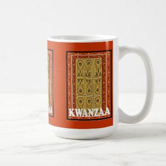 Kwanzaaのマグ、伝統的な象徴性 コーヒーマグカップ