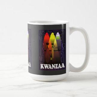 Kwanzaaのマグ、家族のグループ コーヒーマグカップ