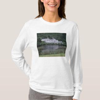 Kylemoreの大修道院、Connemaraの郡ゴールウェイ、 Tシャツ
