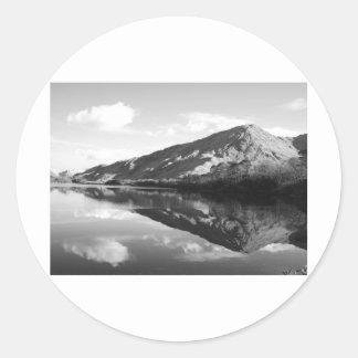 Kylemore湖B&W ラウンドシール