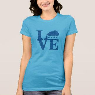 L雨V E Tシャツ