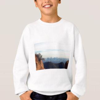 LAによって組み立てられる山 スウェットシャツ
