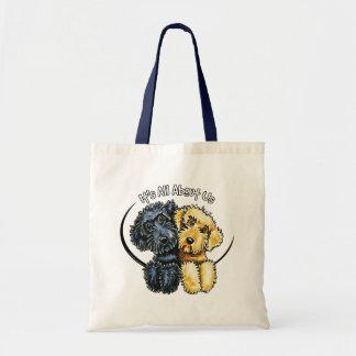 Labradoodlesの黒い黄色IAAU トートバッグ