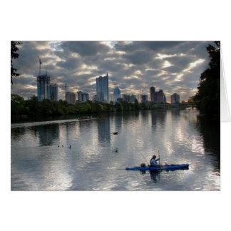 ladybird湖のカヤック-スカイライン-オースティンテキサス州 カード