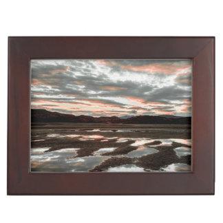 Lagoの灰色の日の出の反射 ジュエリーボックス
