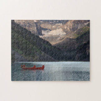 Lake Louiseの赤いカヌー ジグソーパズル