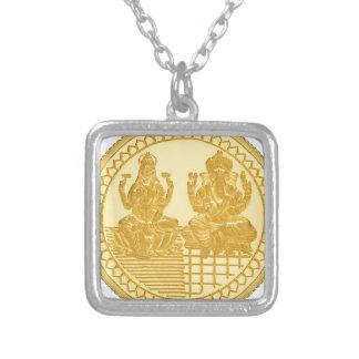 LAKSHMIおよびGANESHの金貨のデザイン シルバープレートネックレス