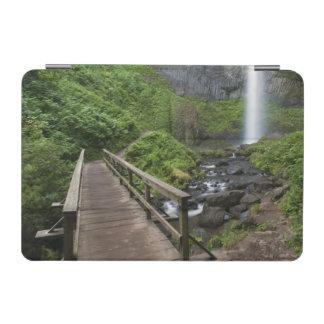 Latourellの滝の橋、コロンビア川の峡谷、 iPad Miniカバー
