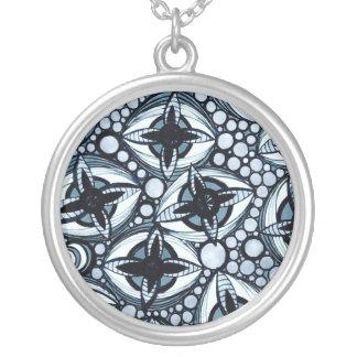 Le Liza Designsのネックレス シルバープレートネックレス