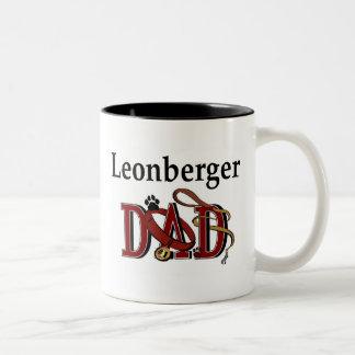 Leonbergerのパパのマグ ツートーンマグカップ