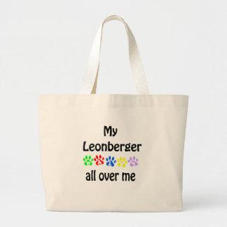Leonbergerの歩行のデザイン ラージトートバッグ