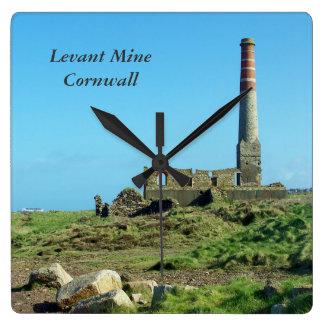 Levant鉱山のコーンウォールイギリスの写真 スクエア壁時計