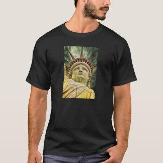 Liberty女性Tシャツ Tシャツ