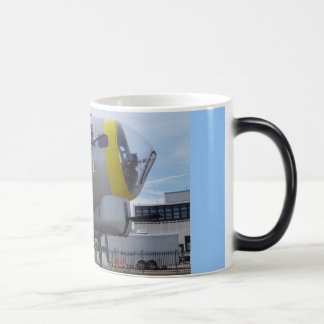 LIBERTYBELLEの鼻の芸術のコーヒー・マグ マジックマグカップ