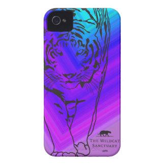 Lilly -トラのiPhone 4/4Sの場合の青か紫色 Case-Mate iPhone 4 ケース