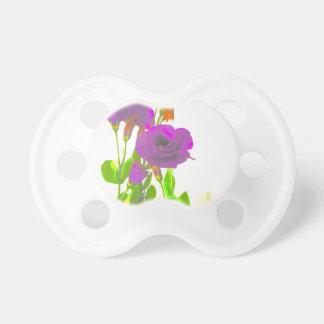 Lisianthusの紫色の花 おしゃぶり