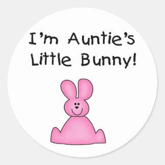 little Bunny T-shirtsおよびギフトピンクの伯母さんの ラウンドシール