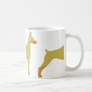 LSの(犬)ドーベルマン・ピンシェルの子鹿および錆のサイロ コーヒーマグカップ