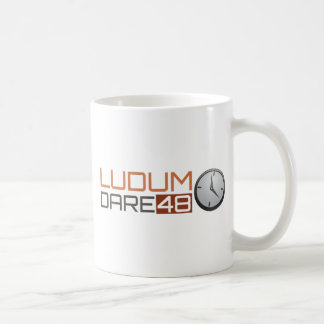 Ludumの挑戦の光沢がある時計 コーヒーマグカップ