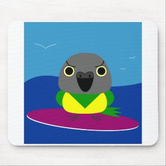 Luluセネガルのオウムのサーフィン マウスパッド