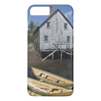 Lunenburg、ノバスコシア、カナダ、小舟の建築者 iPhone 8 Plus/7 Plusケース