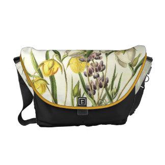 Lupineによっては花の庭のメッセンジャーバッグが開花します クーリエバッグ