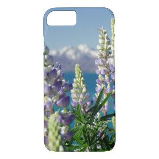 Lupineのニュージーランドの花盛りの景色 iPhone 8/7ケース