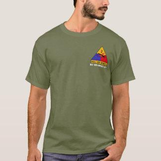 M2ブラッドリーの歩兵の戦車のティー Tシャツ