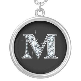 """""""M""""のダイヤモンドのきらきら光るなネックレス シルバープレートネックレス"""