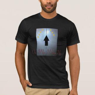 M.O.A.C. エレベーターのTシャツ Tシャツ