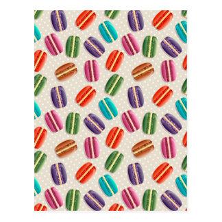 Macaronの甘いクッキーおよび水玉模様パターン ポストカード
