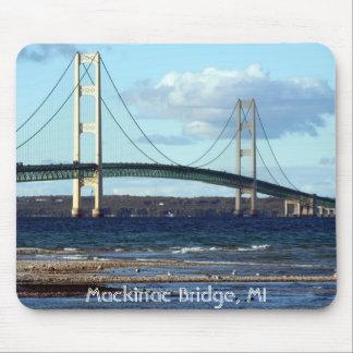 Mackinac橋秋、マキナック橋、MI マウスパッド
