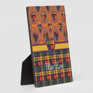 MacLeaの一族の格子縞のスコットランドのキルトのタータンチェック フォトプラーク