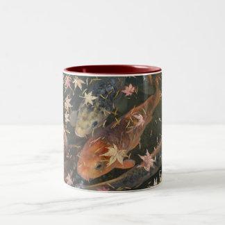 Mag: 紅葉を持つコイ ツートーンマグカップ