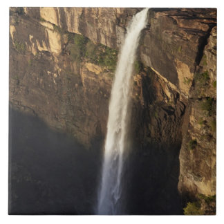 Magelaの滝、Kakaduの国立公園 タイル